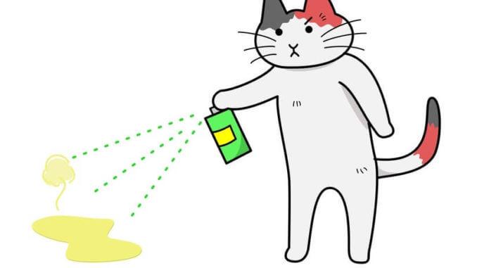 Eine gemalte Katze mit einem Enzymreiniger sprüht auf einen Katzenurinfleck