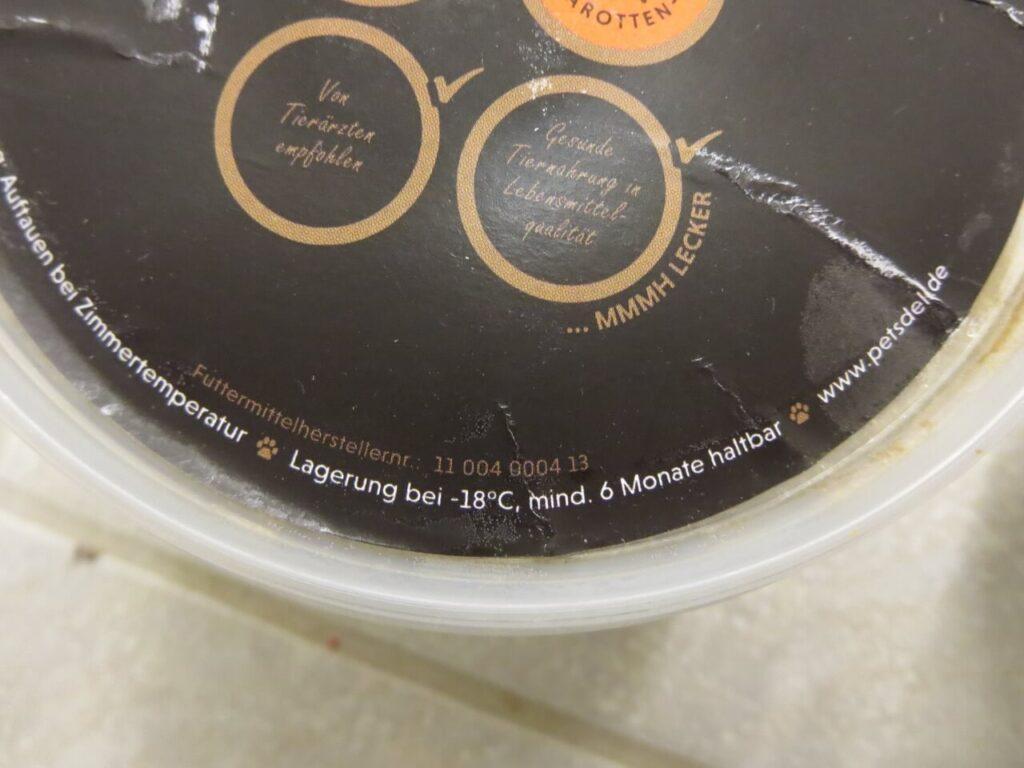 Auf den Menüboxen findet sich öfter als einmal der Hinweis auf die Lagerung im Tiefkühlschrank